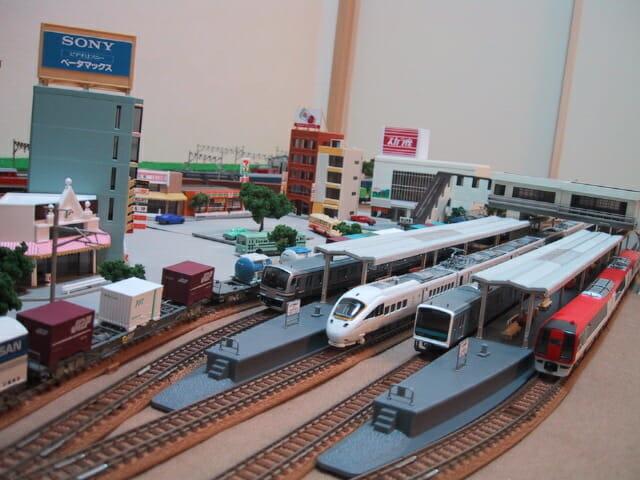近代駅舎と街並みの敷き布レイアウト
