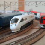 複々線の鉄道模型の車両(Nゲージ)