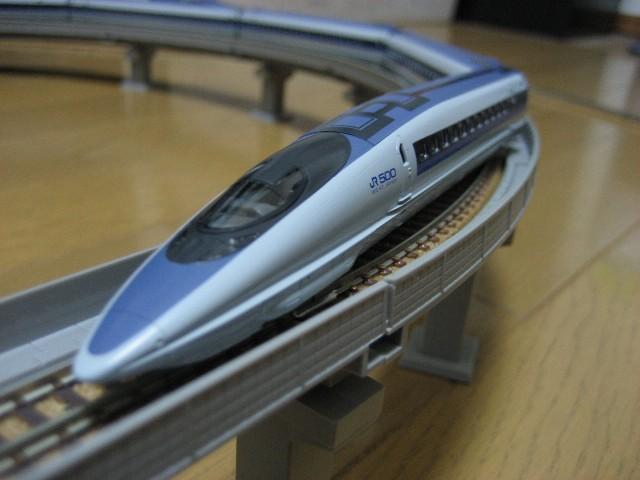 500系東海道・山陽新幹線のぞみ
