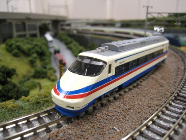 京成AE100形スカイライナー