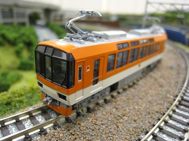 叡山電鉄デオ900形「きらら」