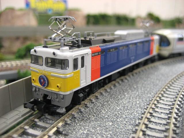 EF81形電気機関車(カシオペア塗装)