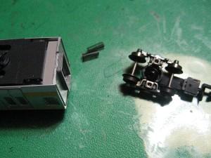 ボディマウント伸縮式密連形TNカプラーの取り付け