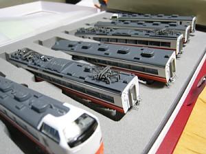 鉄道模型のグリーンマックス貫通幌の取り付け