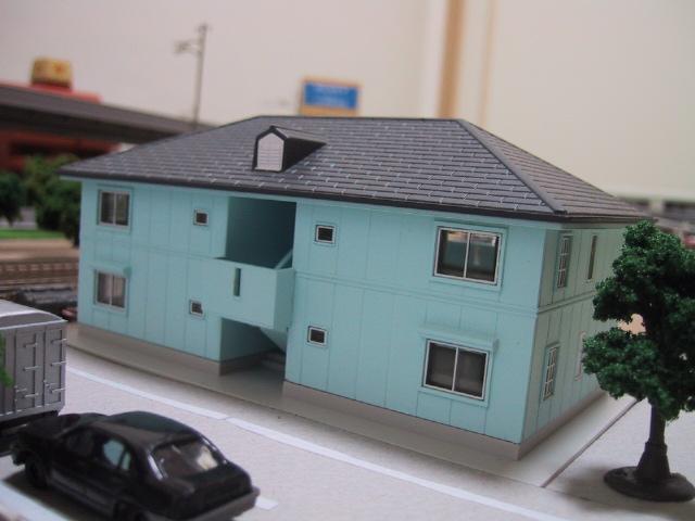 二階建てアパート(ブルー)