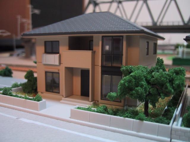 庭のある家2(ブラウン)